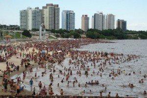 MAO. 11/09/12 PRAIA DA PONTA NEGRA. FOTO: RODRIGO BRANDÃO / SEMCOM