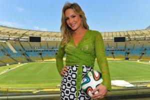 Pitbull, Claudia Leitte se preparam para cerimônia de abertura da Copa do Mundo da FIFA