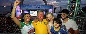 Prefeito Arthur se empolga com primeira vitória do Brasil e sucesso da Fifa Fan Fest™ em Manaus prefff2